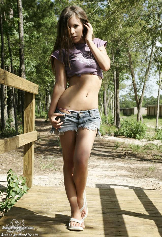 young-sexy-jailbait-wood-504