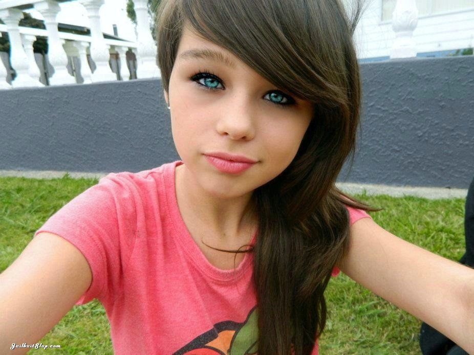 cute-face-jailbait-blue-eyes-1151